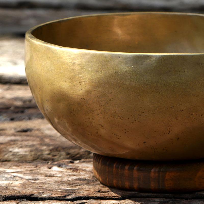 Cuenco Tibetano 1400 de cuencos tibetanos 7 metales Full Moon Jambati Nepal Jambati India ESPECIALES GRABADOS ORISSA
