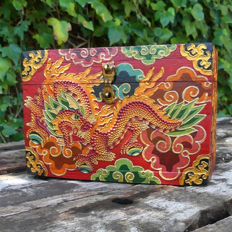 CAJA TIBETANA DRAGÓN de artesania CAJAS INDIAS BANJARAS CAJAS NEPAL